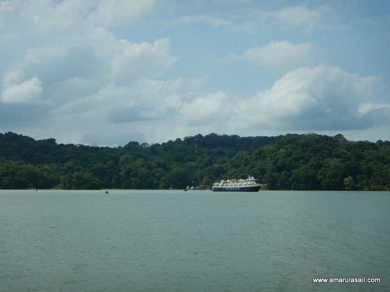 Smithsonian Tropical Research Institute, Barro Colorado Island in Gatun Lake